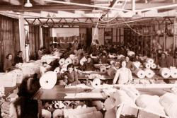 Manufactures Carbonell's frequently. Municipal Archives of Alcoy